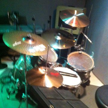 DW, Mapex, Ludwig, Slingerland Drums and Zildjian, Sabian, Paiste Cymbals
